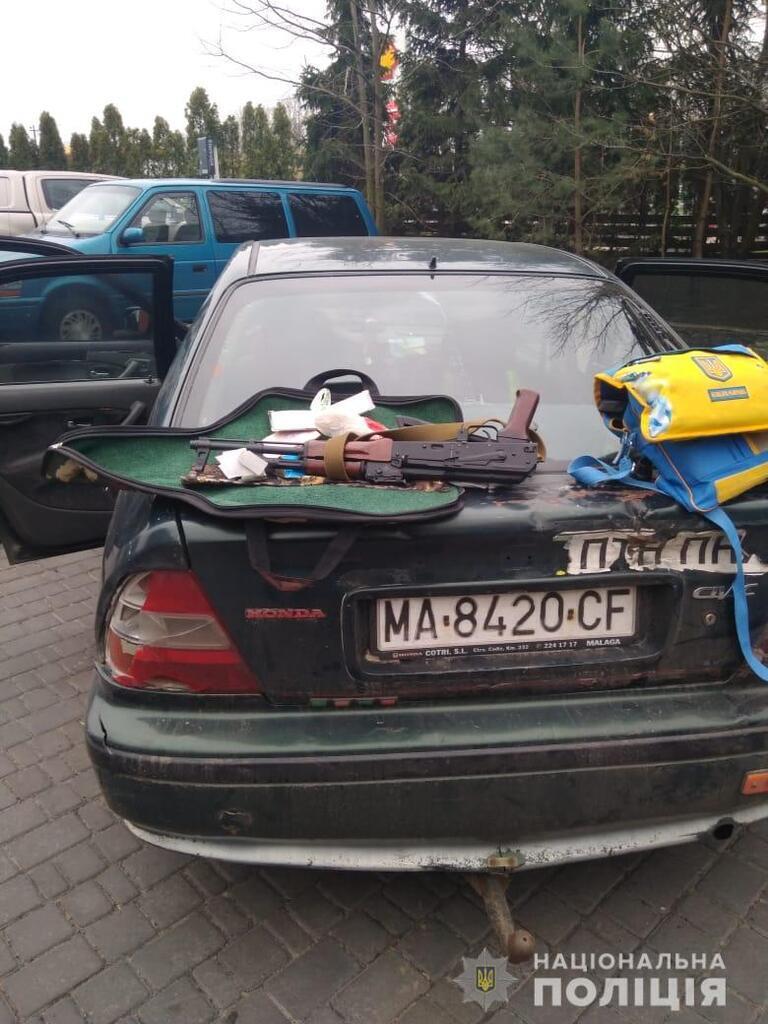 На Киевщине рейдеры захватили предприятие: вмешалась полиция