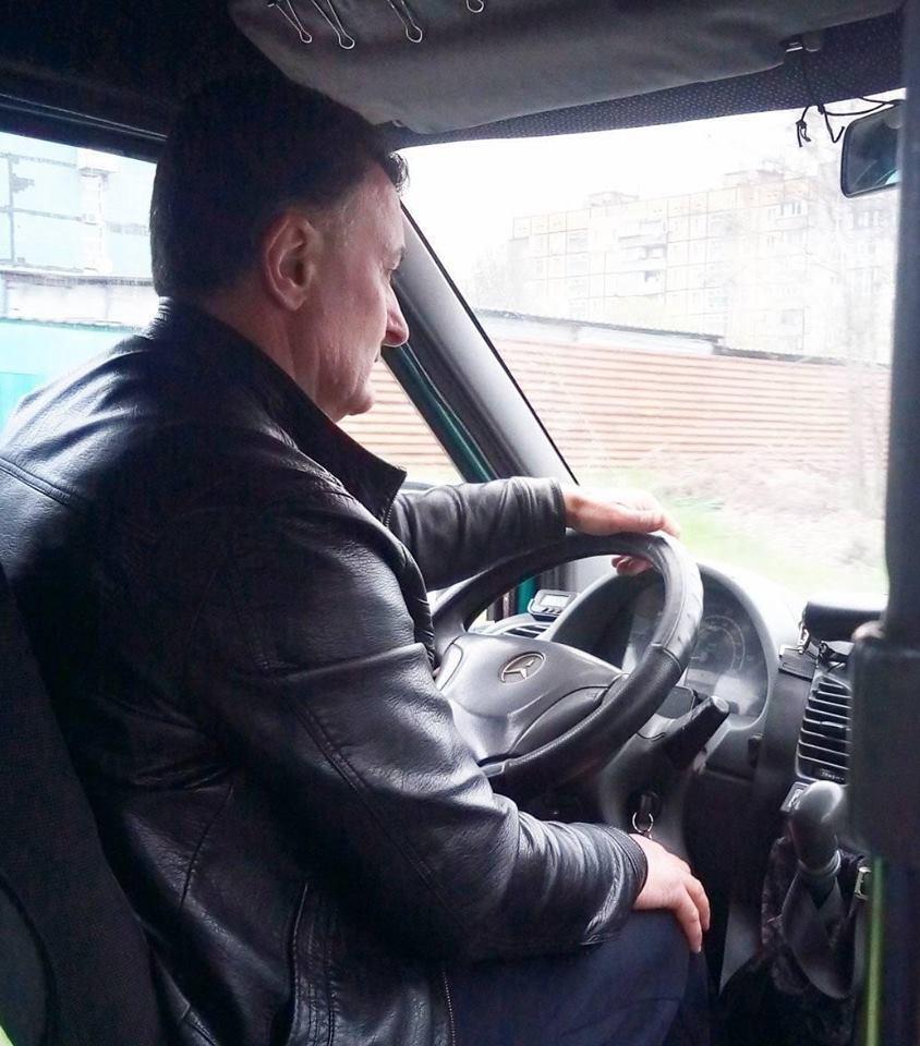 Водитель маршрутки №77