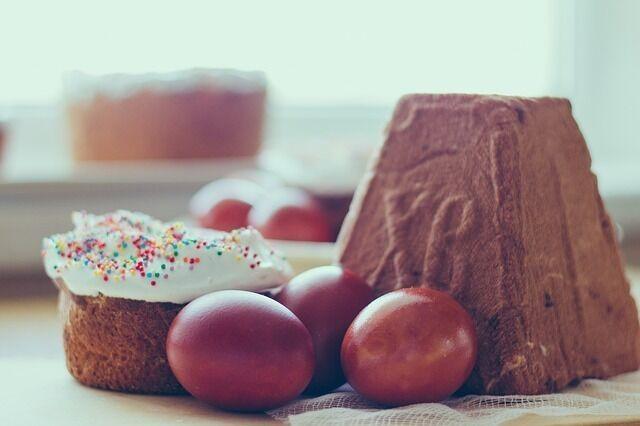 Яйца на Пасху можно украсить необычным способом