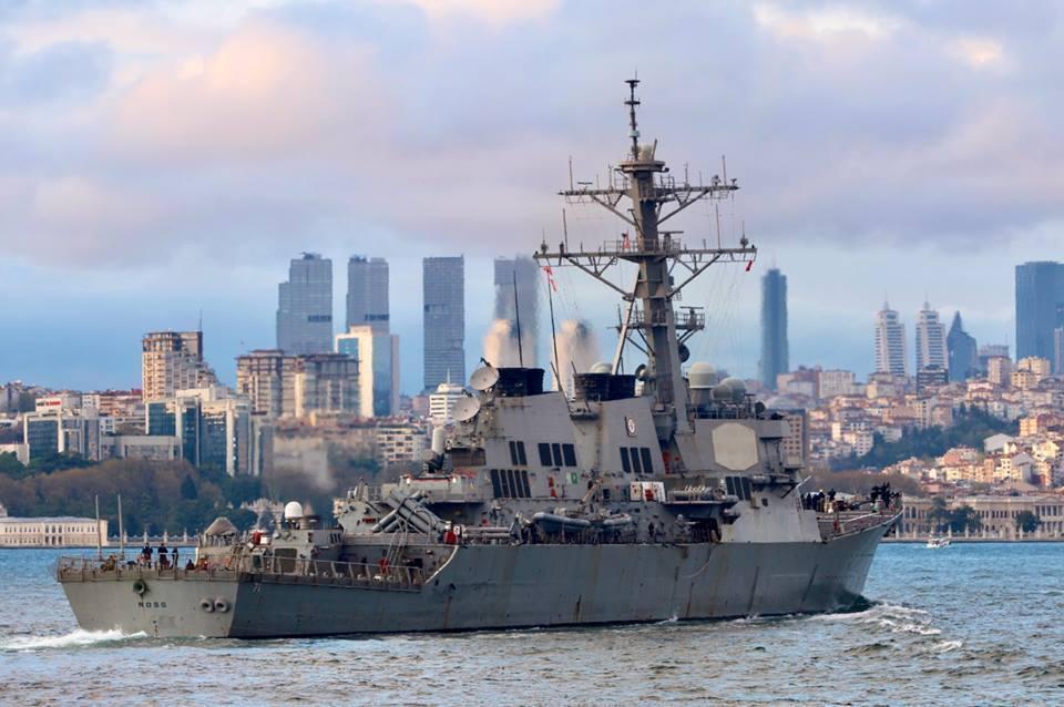 Ракетный эсминец USS Ross DDG71