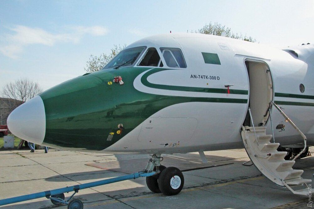 Самолет Ан-74ТК-300Д