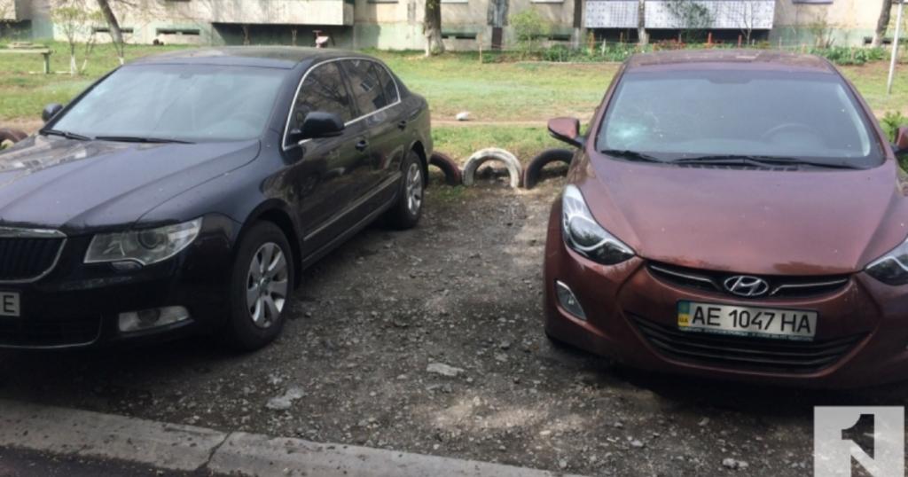 Экс-боец АТО разбил кувалдой более 20 автомобилей