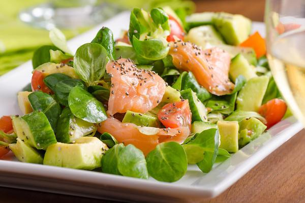 """Салат с авокадо: рецепт, благодаря которому Ани Лорак """"дождалась бы его"""""""