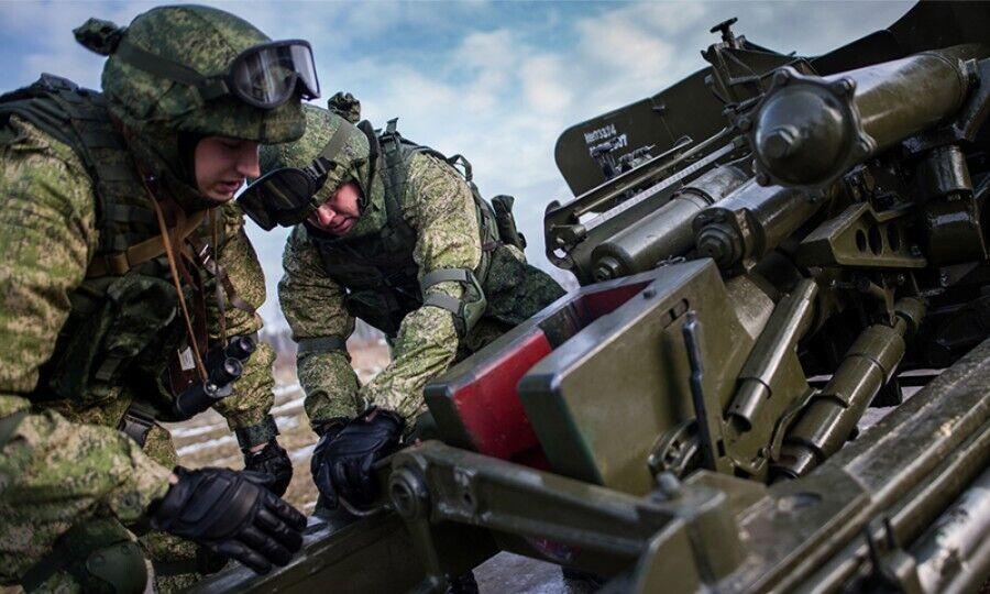 """""""Передовой рубеж"""": зачем РФ стягивает войска на границу с Украиной"""