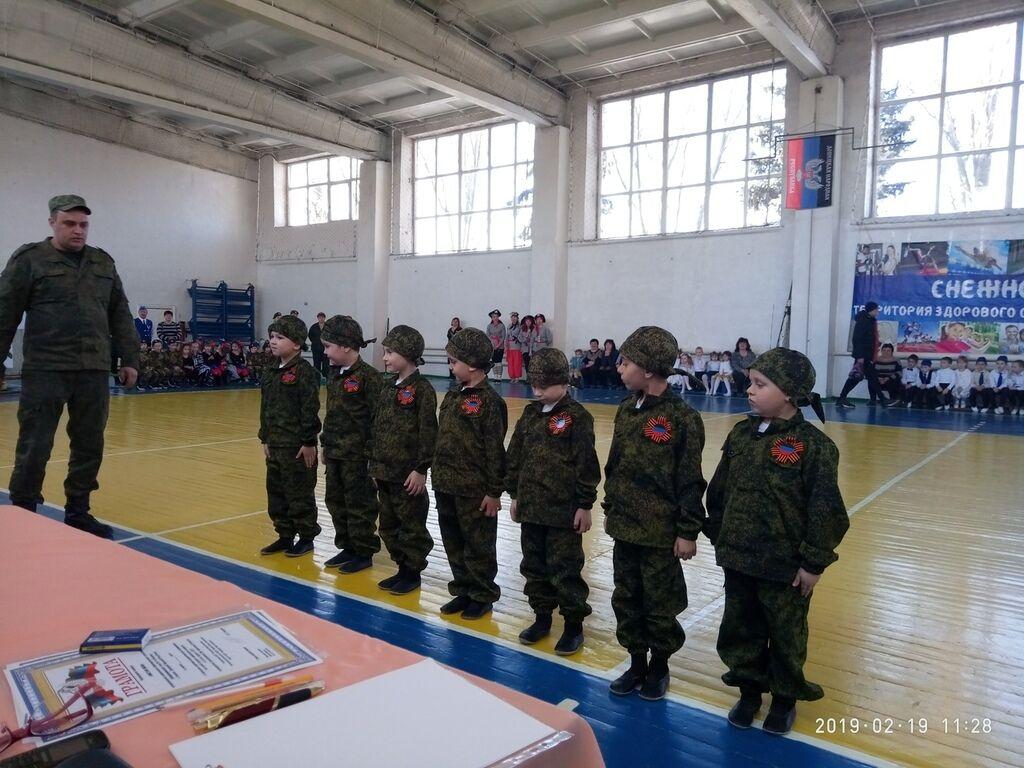 Военному делу учат даже воспитанников садиков