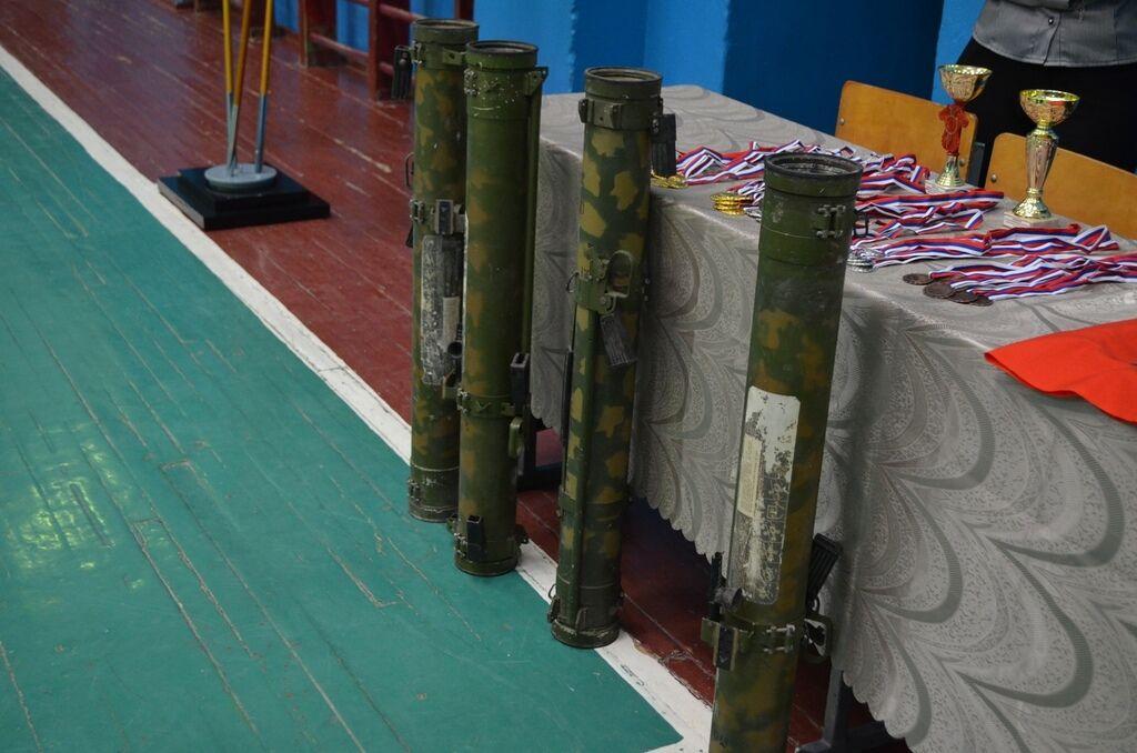 """Учат убивать украинцев. Как в """"ДНР"""" из детей куют террористов"""