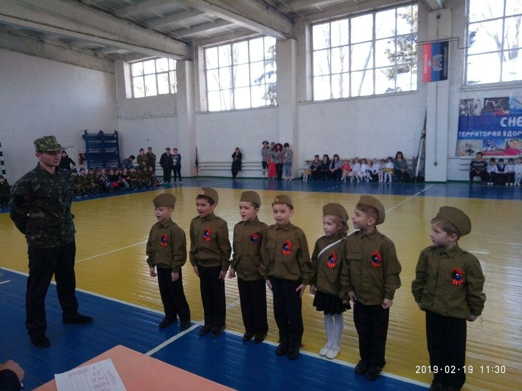 Военному делу учат воспитанников садиков