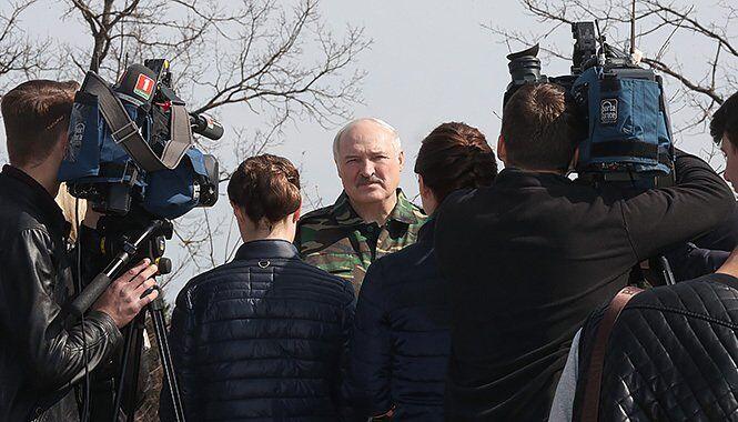 Лукашенко на суботнику 20 квітня