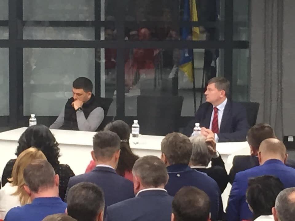 """""""Вперед на парламентські вибори!"""" Порошенко анонсував появу нових облич у команді"""