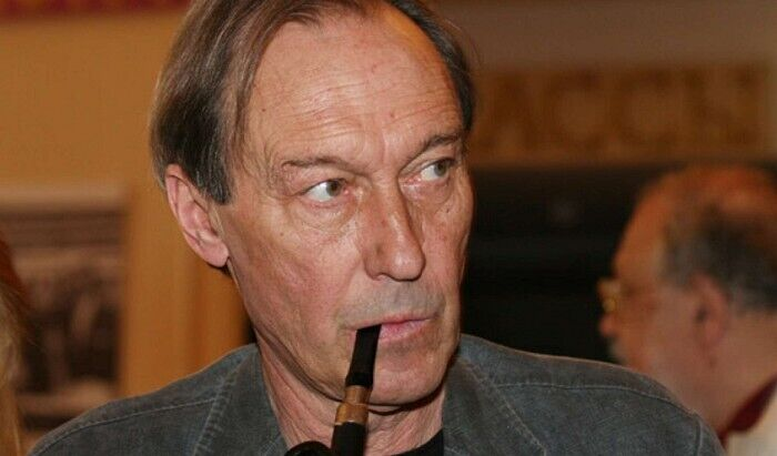 Олег Янковський