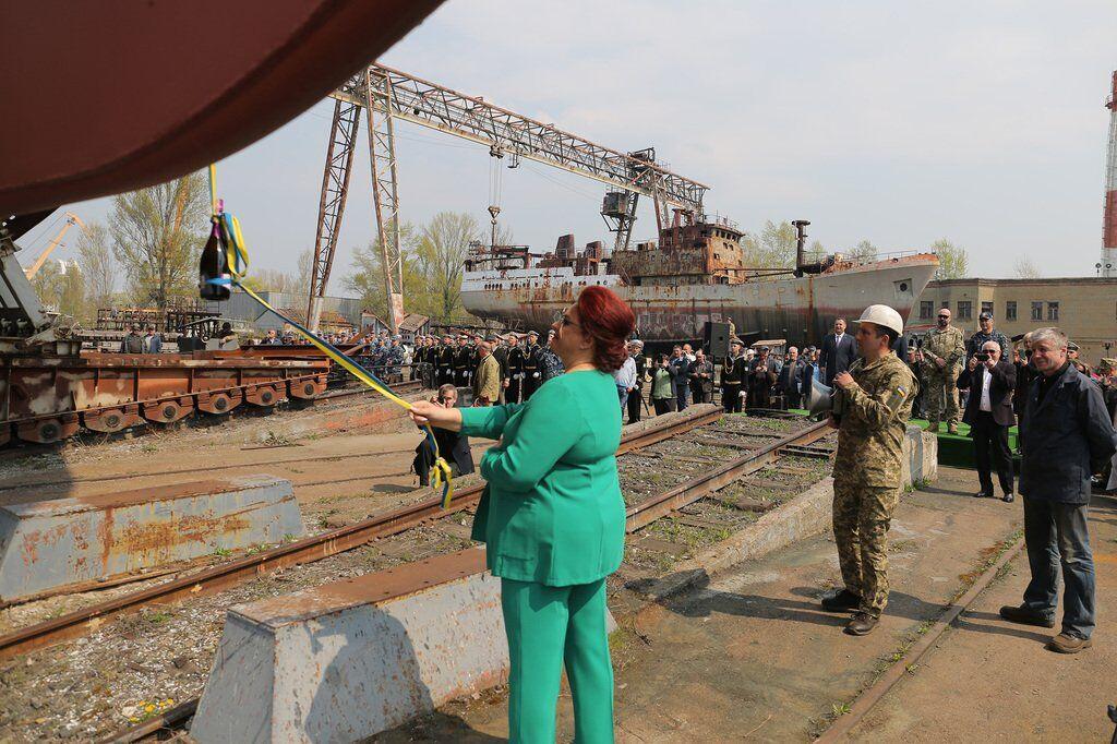 ВМС України отримали унікальний розвідкорабель