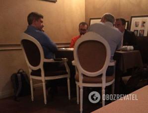 Сергій Лещенко, Айварас Абромавічус, Олександр Данилюк на зустрічі в одному з ресторанів Києва 22 квітня