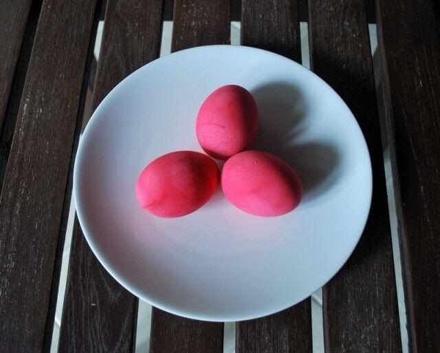 Рожевого відтінку можна досягти за допомогою соку буряка