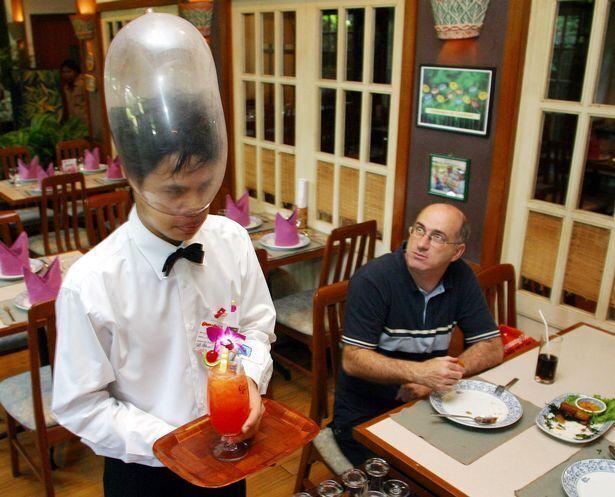 Трапеза на унітазі або серед мертвих: найдивніші ресторани світу