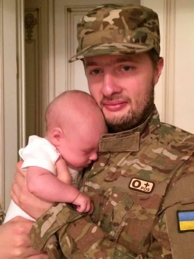 Син Порошенка таємно служив на Донбасі: розсекречені подробиці (фото)