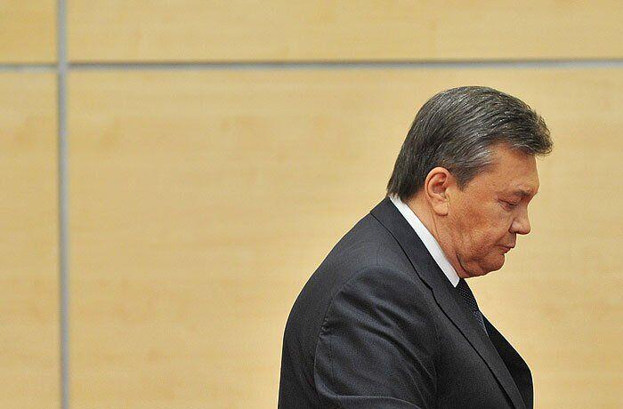 """Януковичу пообіцяли """"теплий"""" прийом в Україні"""