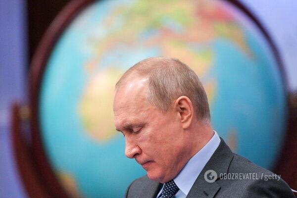 Российские паспорта на Донбассе: Рада выступила с громким призывом к миру