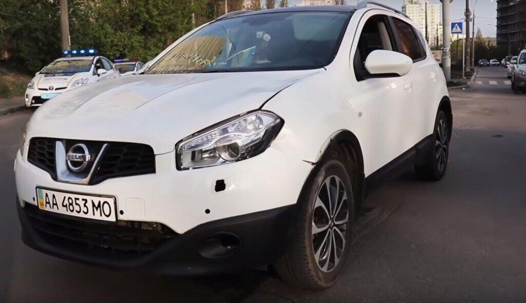 В Киеве авто сбило ребенка на зебре