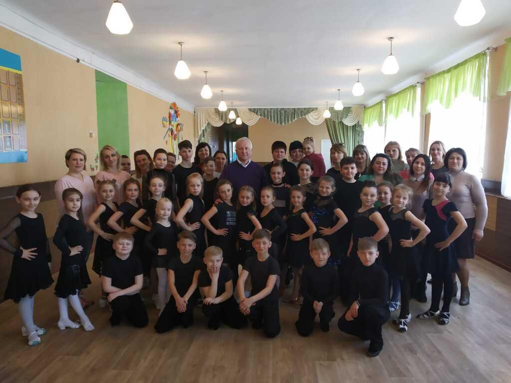 """""""Укрлендфармінг"""" дав 140 тис. грн на розвиток дітей"""