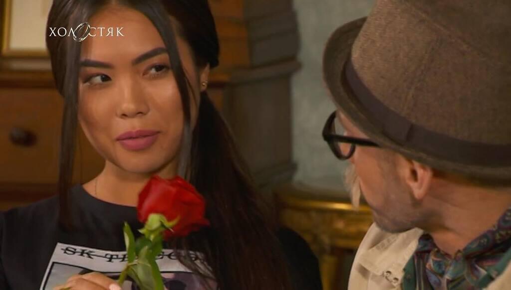 """""""Холостяк-9"""": хто пішов з церемонії троянд"""