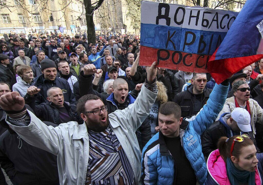 Раздача паспортов РФ на Донбассе: новые подробности