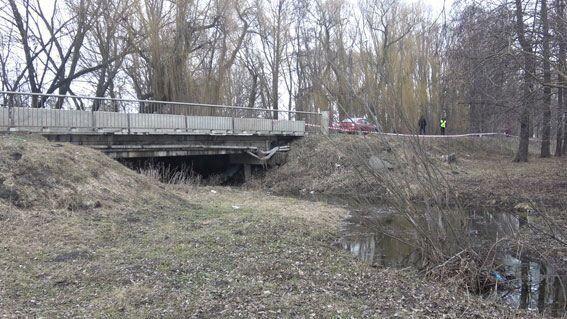 Под этим мостом нашли младенца