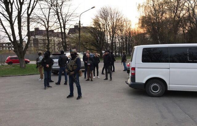 В Ужгороде накрыли опасную банду: фото и видео задержания