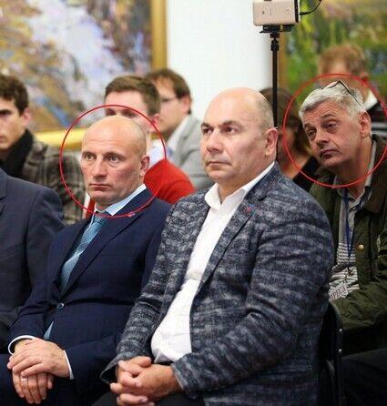 Слева городской голова Анатолий Бондаренко, справа Вадим Комаров