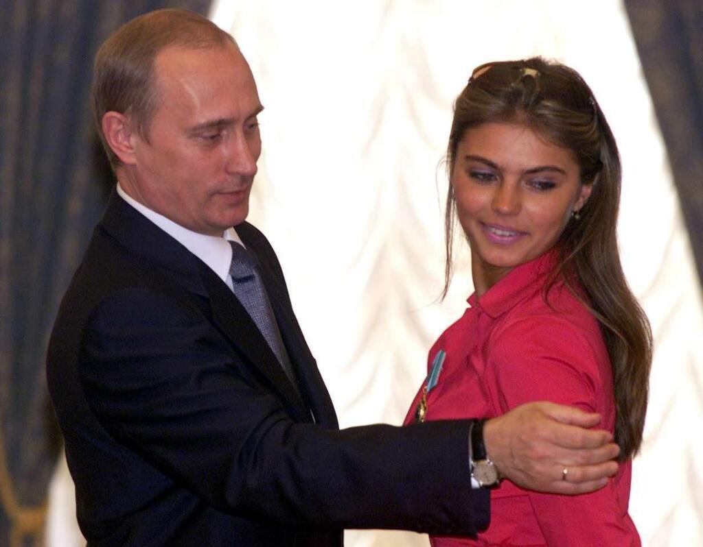 Кабаевой — 36: сексуальные фото любовницы Путина