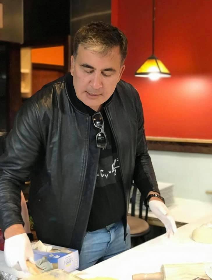 Саакашвили впервые в жизни испек хачапури: есть вкусный простой рецепт