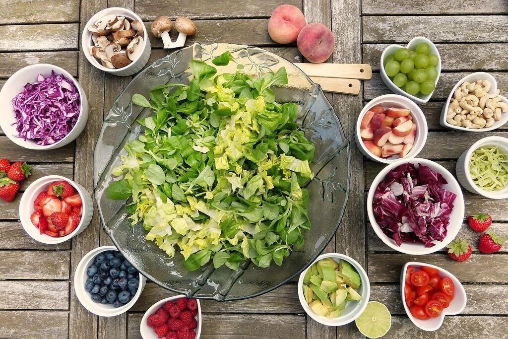 Ключ к здоровью: врач назвал продукты, которые всем нужно есть больше
