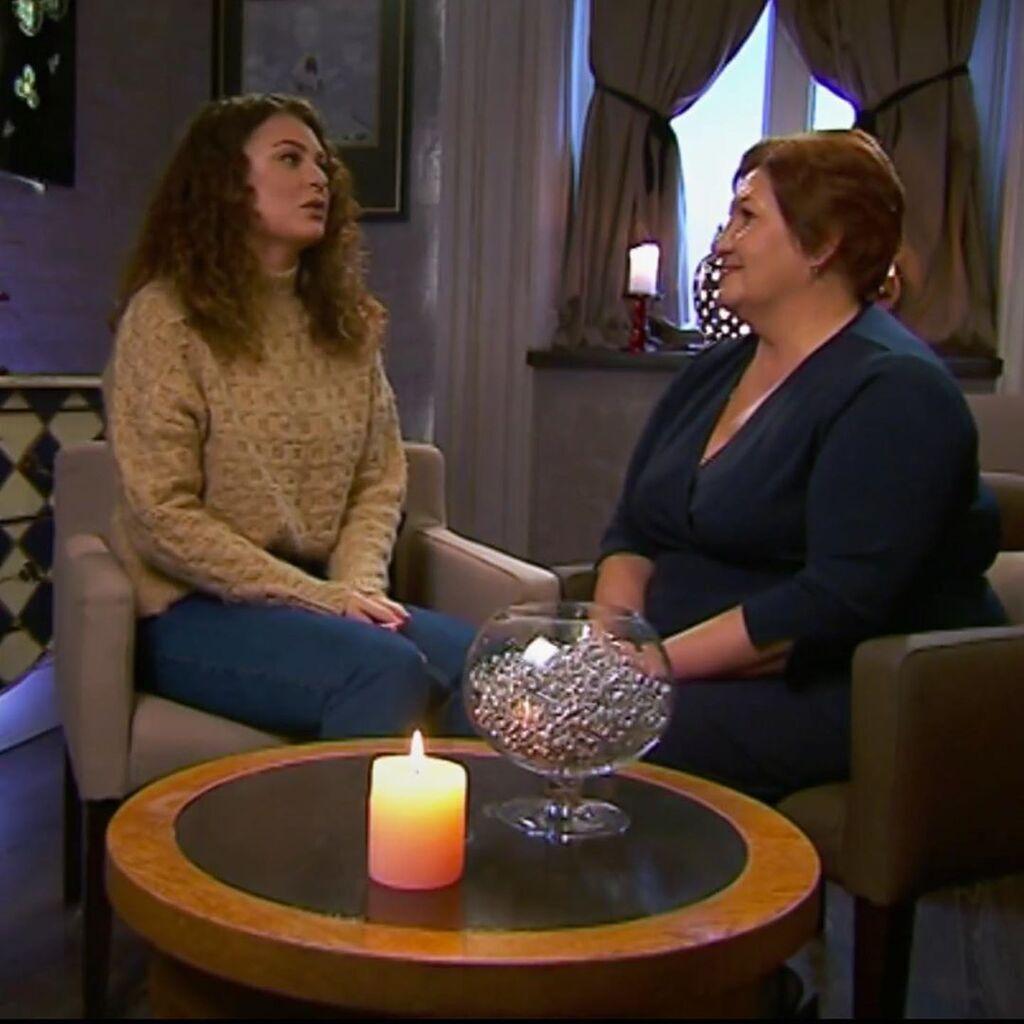 Софія спілкується з мамою Добриніна