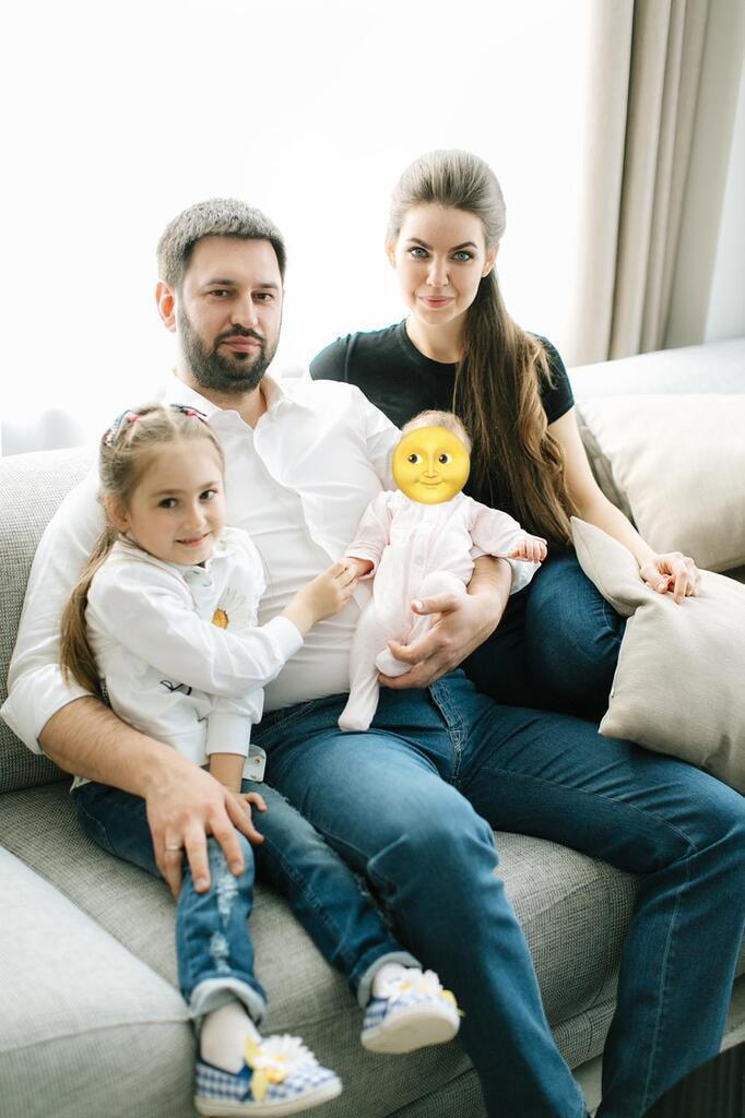 Макарьян и Кошелева с детьми