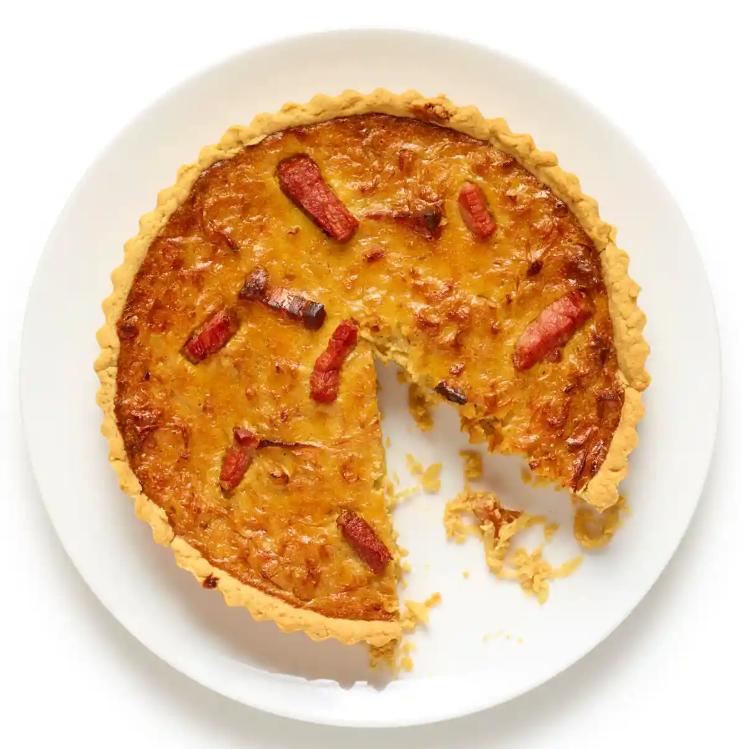 Ідеальний цибульний пиріг за півгодини: простий рецепт з фото