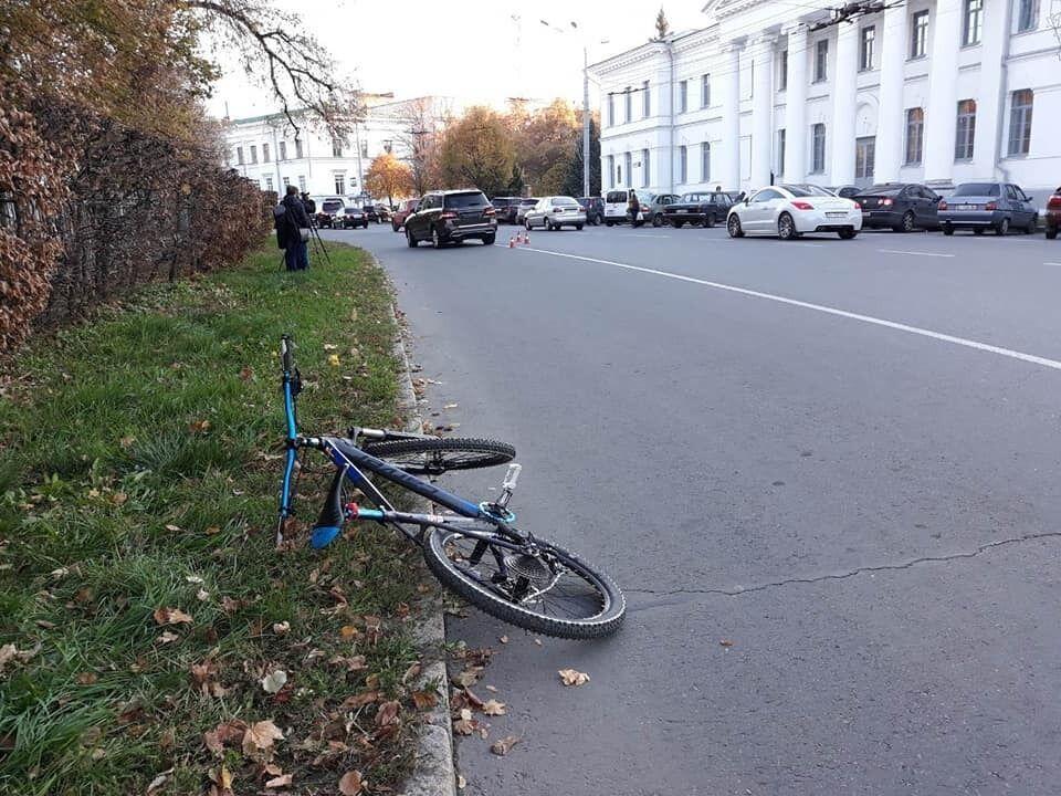 Велосипед, на котором ехал Артем Левченко