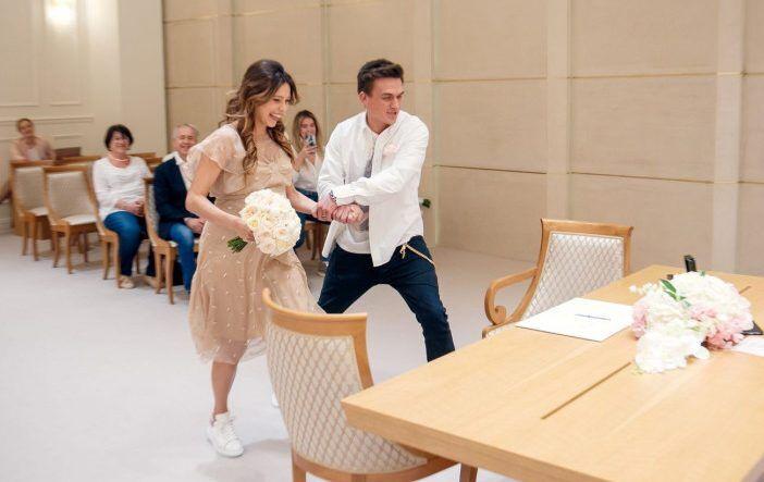 Найкращі весільні сукні українських зірок: фото