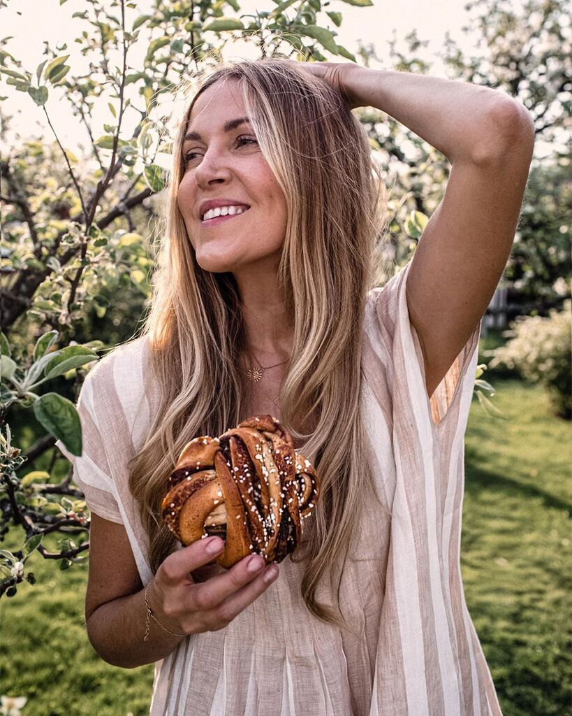 Популярна блогер-вегетаріанка стала їсти м'ясо і перетворилася