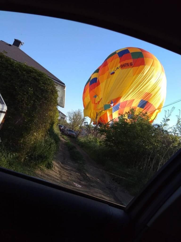 В Крыму рухнул воздушный шар с ребенком