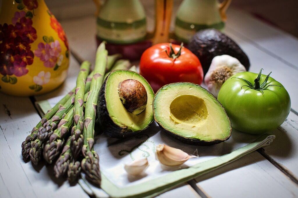 Пять неожиданных продуктов, которые приводят к ожирению, и их заменители