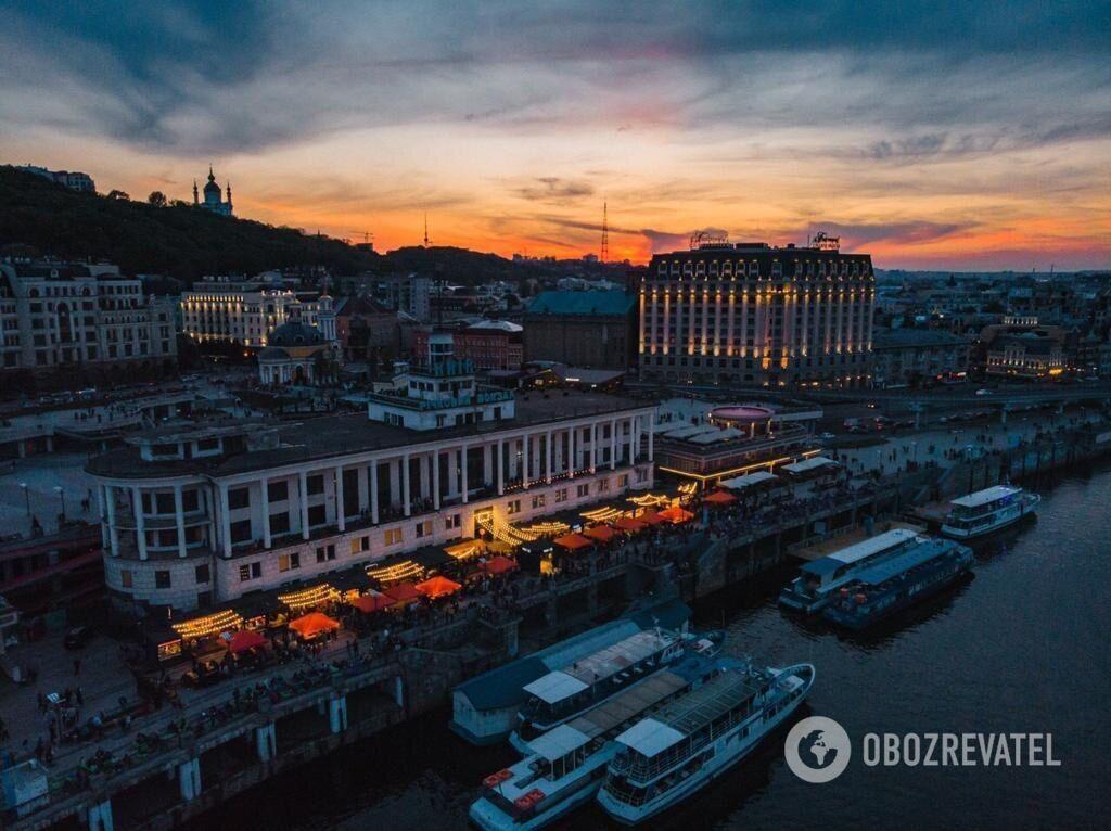 У Києві на річковому вокзалі відкрився БУХТА Food Station