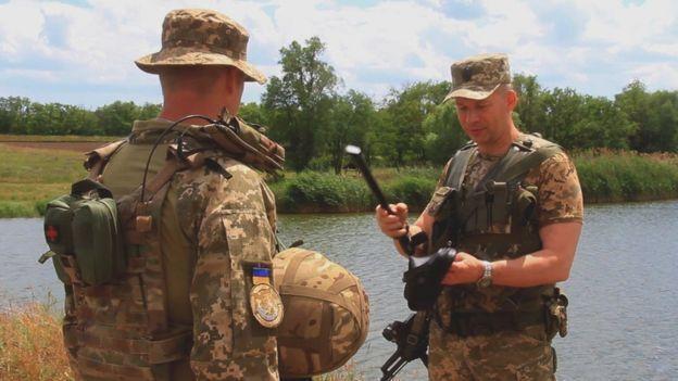 Порошенко назначил нового командующего ООС на Донбассе
