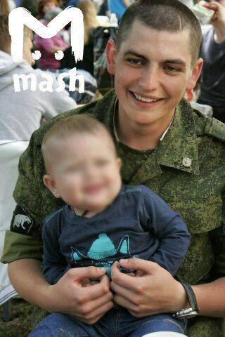 22-летний Максим Моисеев. Бортпроводник, который был готов пожертвовать своей жизнью ради спасения других