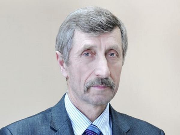 Судья ВККС Юрий Титов — отец судьи ВСУ Максима Титова