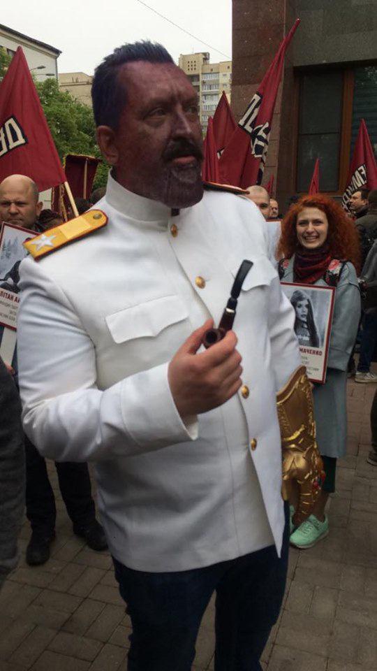 """В Україні відповіли акції РФ """"Безсмертним Грутом"""""""