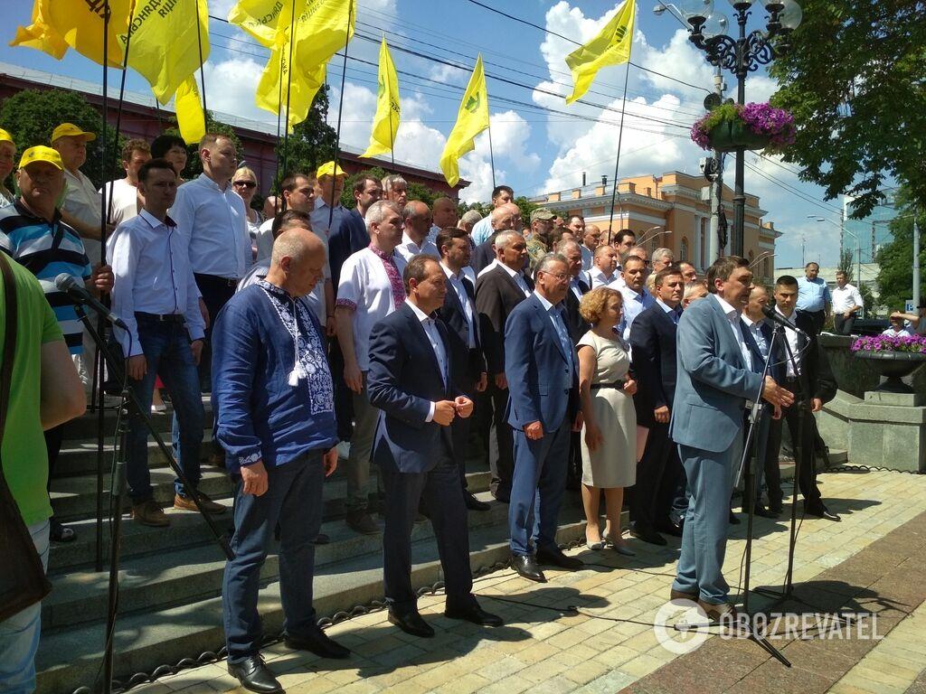 Анатолій Гриценко представив команду для участі в позачергових виборах до ВР. Виступ Дмитра Добродомова
