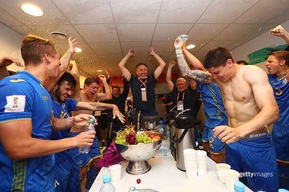 Украина - Италия: появились видео из раздевалки нашей сборной
