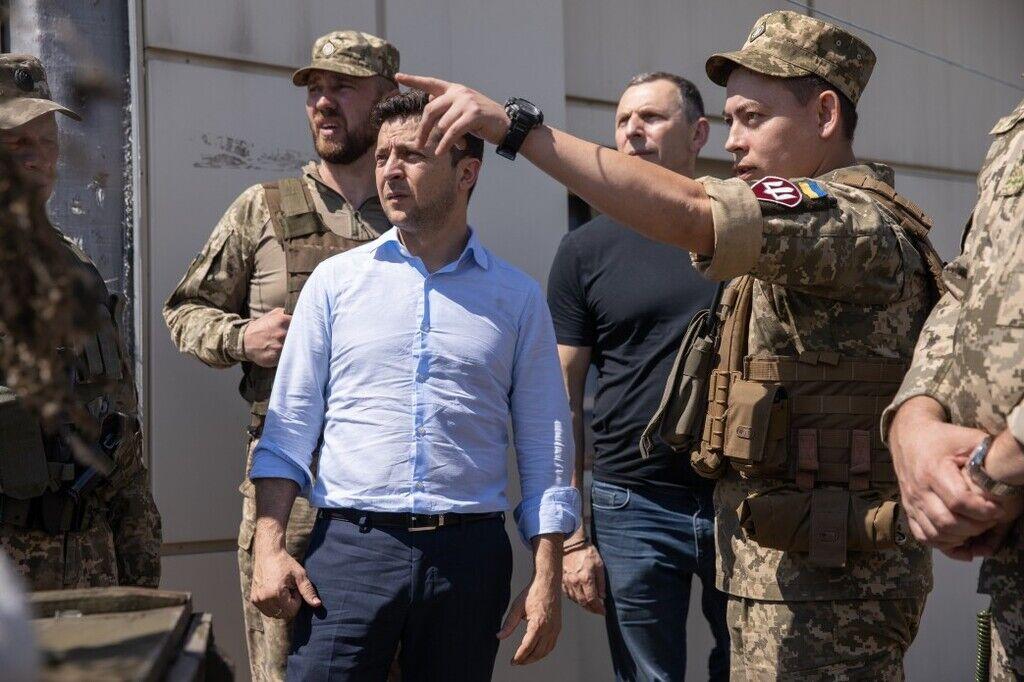 Зеленський на передових позиціях ЗСУ в Луганській області