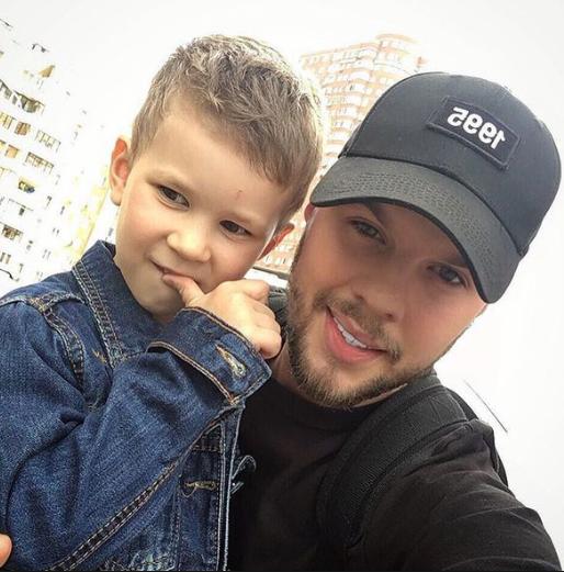 Егор Глеб с ребенком