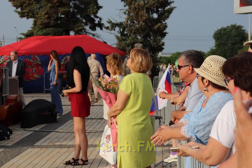 В сети появились показательные фото разочарованного Крыма