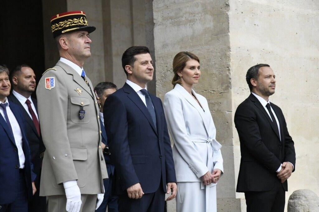Зеленский с женой во Францию